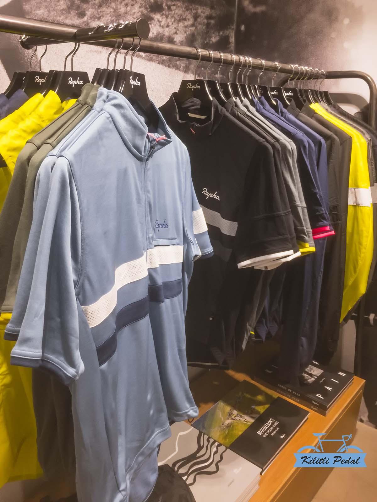 Rapha-Amsterdam-Store (14)