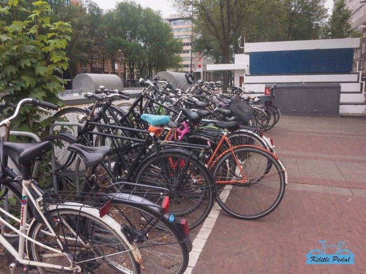 Rapha-Amsterdam-Store (2)
