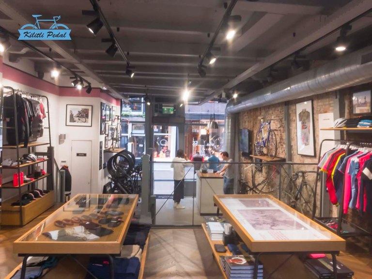 Rapha-Amsterdam-Store (22)